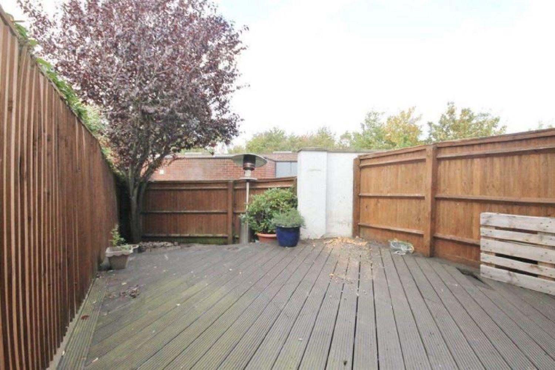 Barneby Close, Twickenham, TW2 6RR