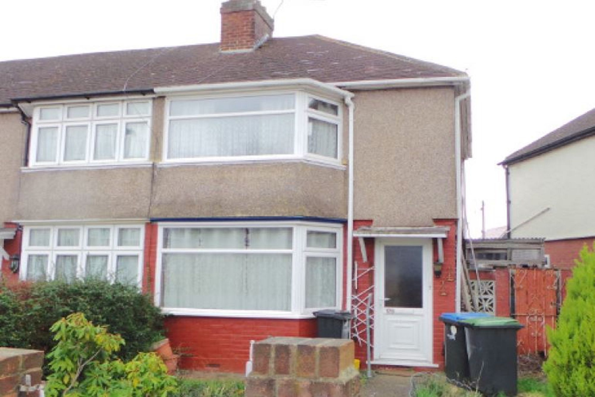 Chatsworth Drive, Enfield, EN1 1EU