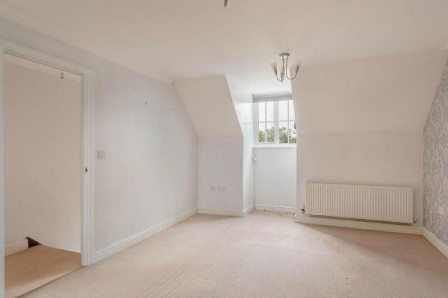 Hurn Grove, Bishop's Stortford, CM23 5DD