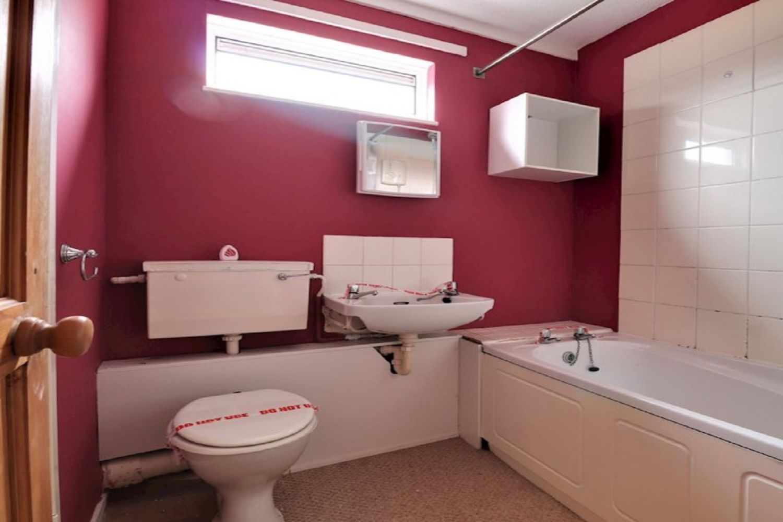 Gledfield Place, Hodge Lea, Milton Keynes, MK12 6JH