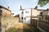 End-of-Terrace House, 3 bedrooms, Freehold