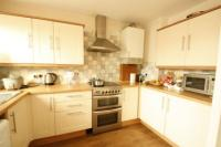 Semi-Detached House, 3 bedrooms, Freehold