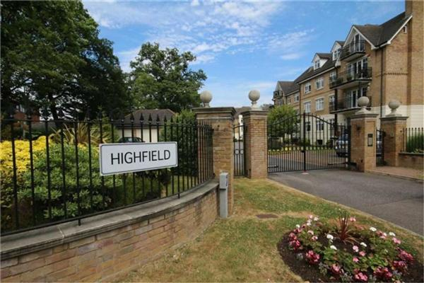 Hightfield, High Road, Bushey