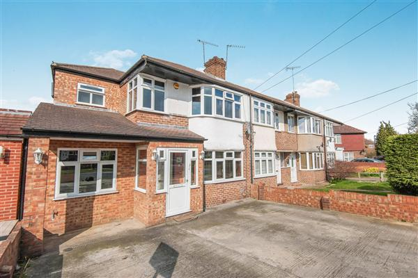 End-of-Terrace House, 4 bedrooms