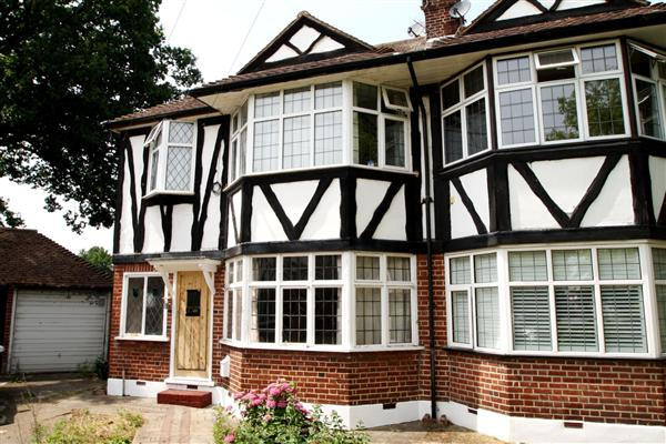 Perth Close, Raynes Park, London, SW20
