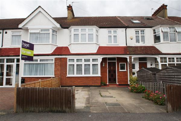 Greenway, Raynes Park, London, SW20
