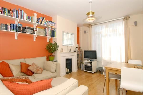 Mid-Terrace House, 2 bedrooms
