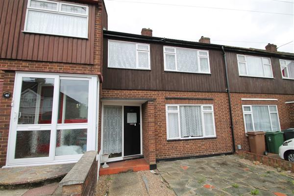Mid-Terrace House, 3 bedrooms