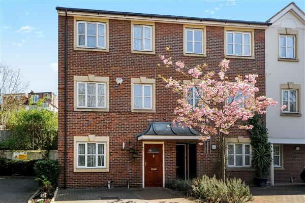 Buckley Close, Forest hill, London SE23
