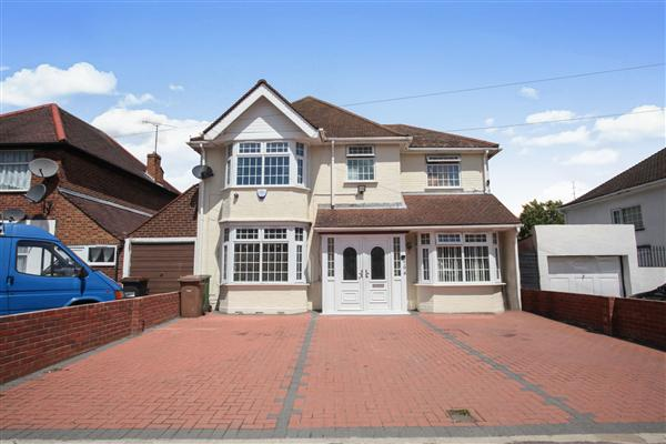 Detached House, 5 bedrooms