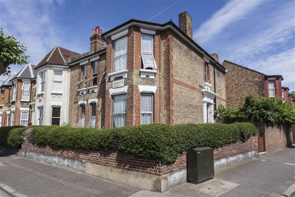Durlston Road, E5