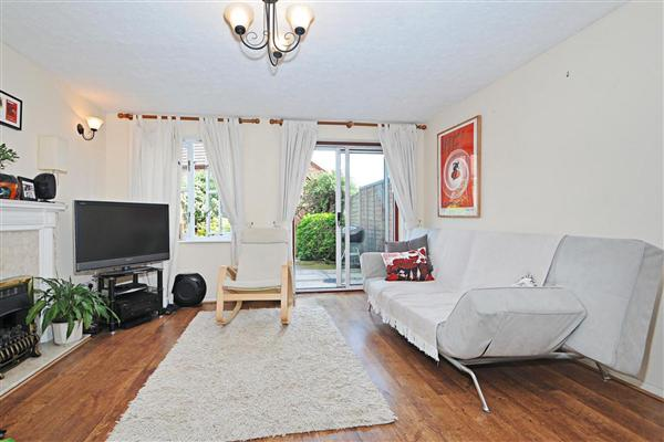Hither Farm Road, SE3
