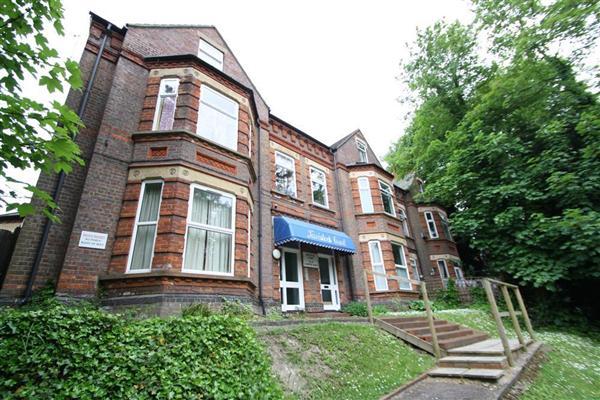 Tavistock Court, Luton