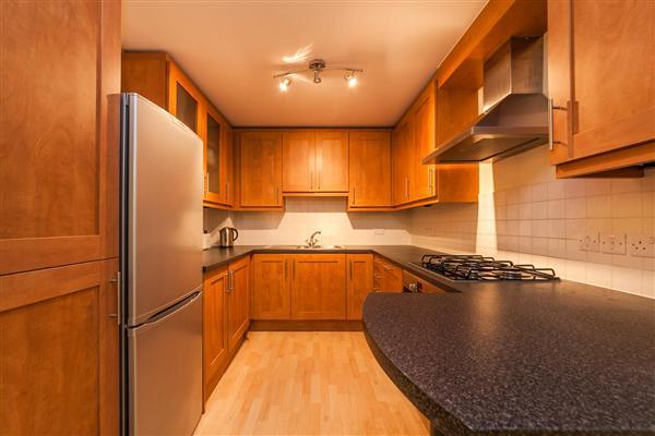 Evan cooks close, Peckham SE15
