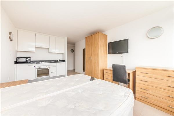 Stocwell Park Apartments, Stockwell SW8