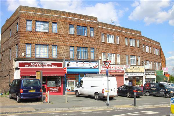 Lingfield Crescent