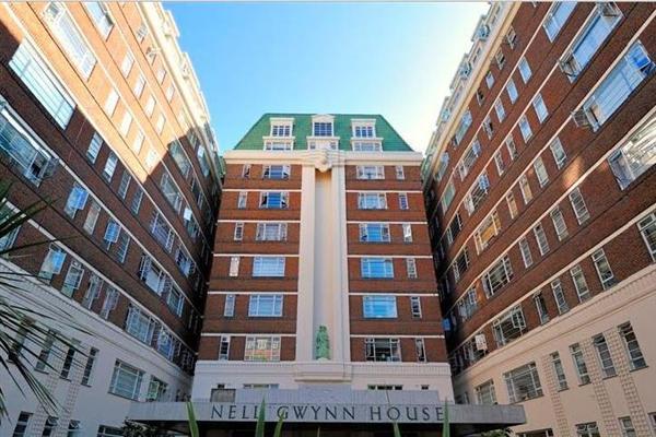 Nell Gwynn House, Sw3
