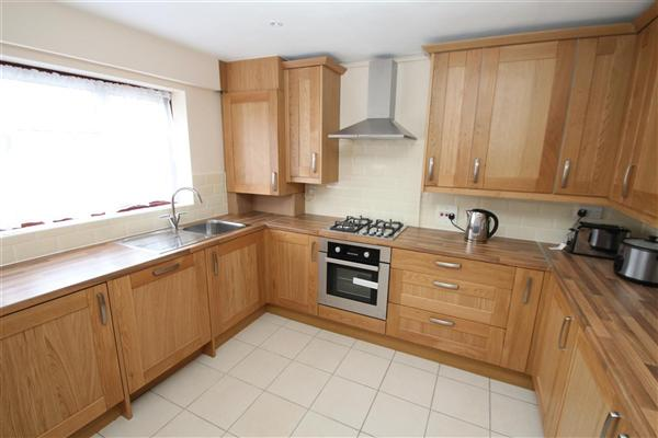 Hollidge Way, Dagenham, RM10